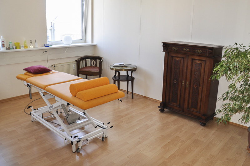 naturheilkunde handgriff. Black Bedroom Furniture Sets. Home Design Ideas